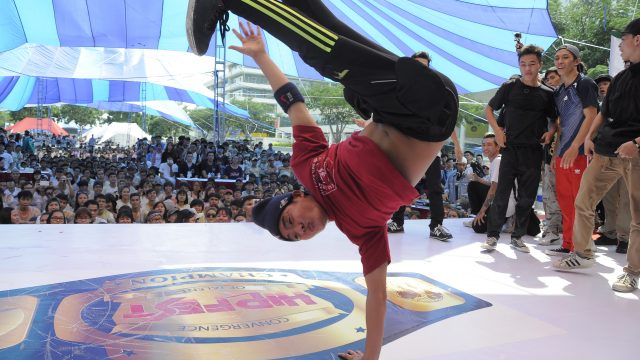 HIPFEST 2015 [TOP 16 BBOY 5vs5] Biggest The Southside Vs OXY crew